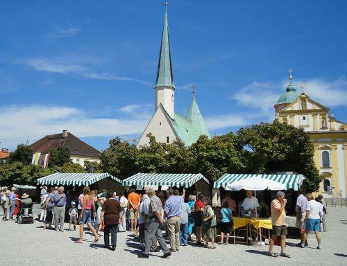 altötting kapellplatz monastery market