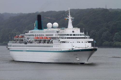 amadea cruise ship maritime