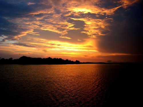 amazonas sunset amazon river