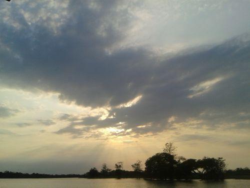 amazonas dawn rio