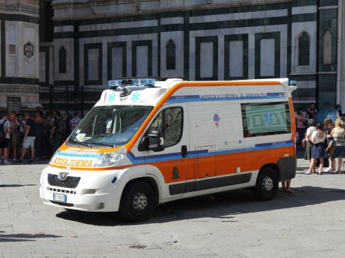 ambulance emergency services italy