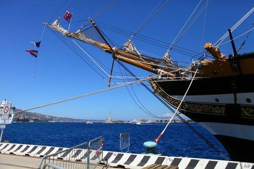 amerigo vespucci  school ship  messina