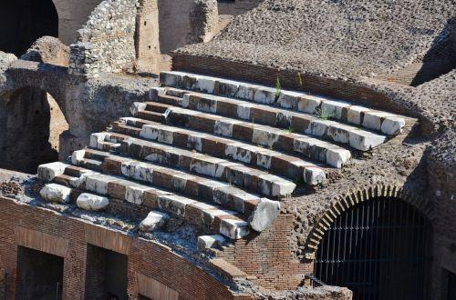 amphitheater colosseum rome