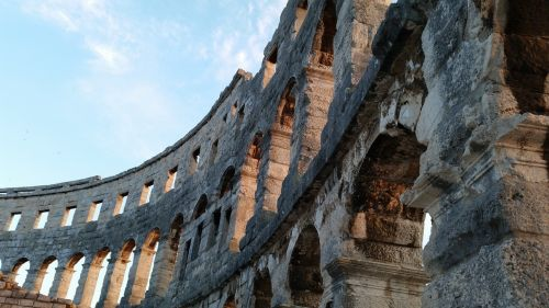 amphitheater places of interest pula