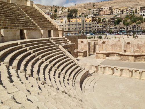 amphitheater ruin jordan