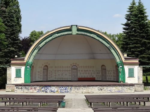 amphitheater park ludowy stage