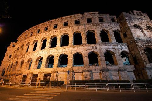 amphitheatre ancient lights