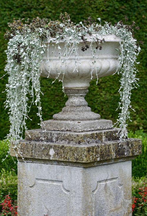 amphora,sodas,vasara,Viduržemio jūros,sodo dizainas,deko,augalas,flora,gartendeko,dekoratyvinis,ornamentas,puodai,natūralus akmuo,ispanų,konteineris,Natiurmortas deko