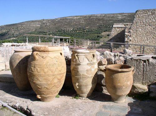 amphora knossos crete