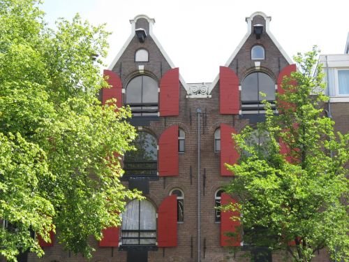 amsterdam house symmetry