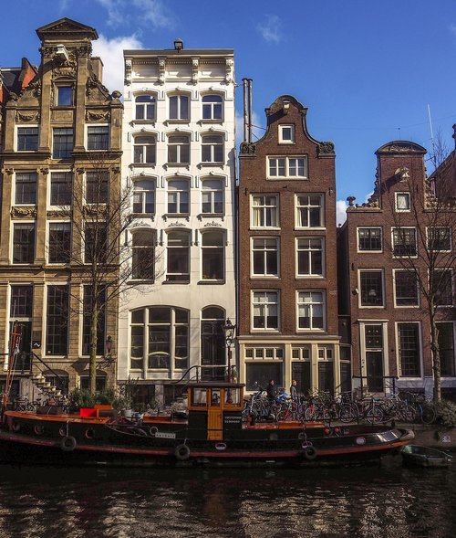 amsterdam  canal  old town