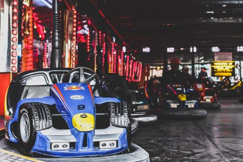 amusement park bumper cars dodgems