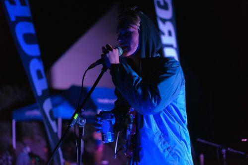 an event night event singer