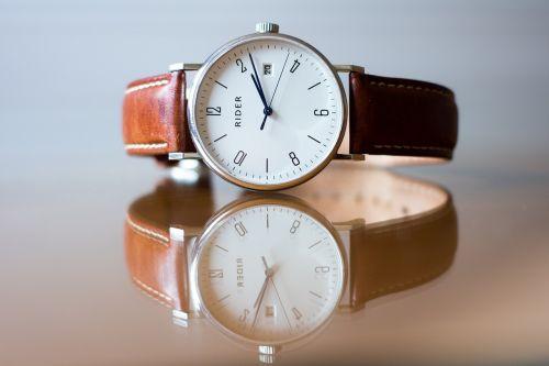 analog watch blur classic