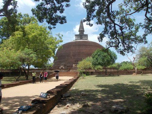 ancient ruins sri lanka