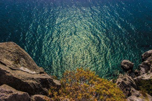 ancient asini cliff dive