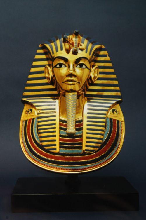 ancient egypt golden mask egyptology