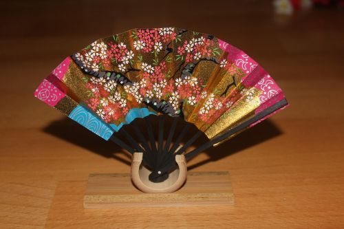 and the wind japanese small objects