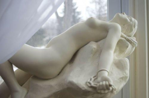 andromeda statue mythology