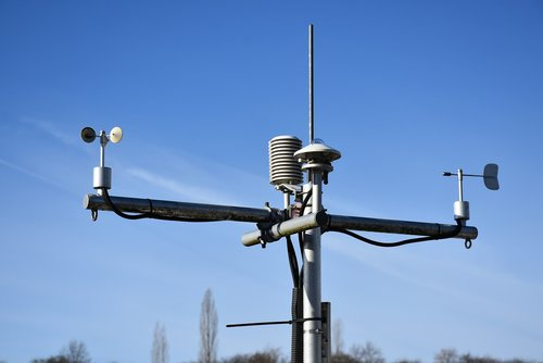 anemometer  weather station  professional