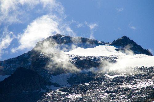 aneto landscape mountain