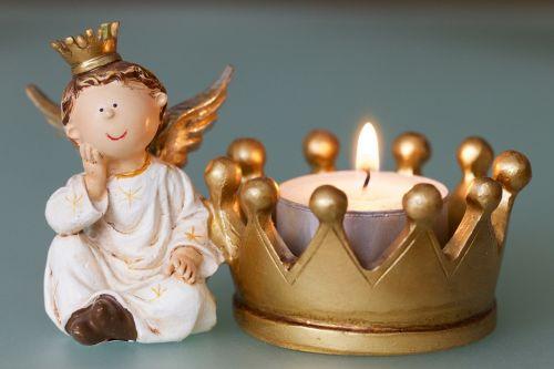 angelas,karūna,žvakė,molio figūra,Kalėdų laikas