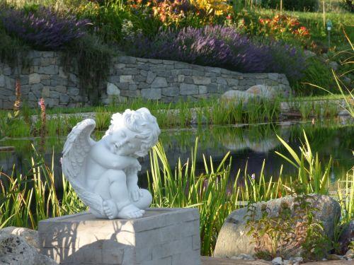 angel garden sculpture