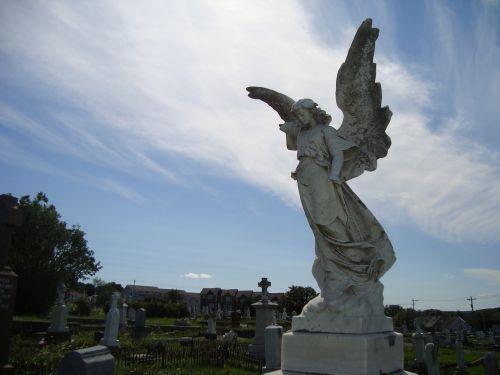 angel statue graveyard