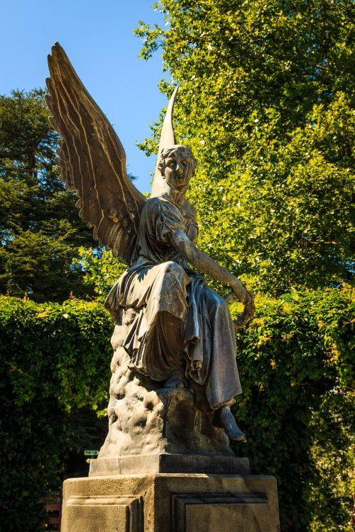 angel statue stone statue