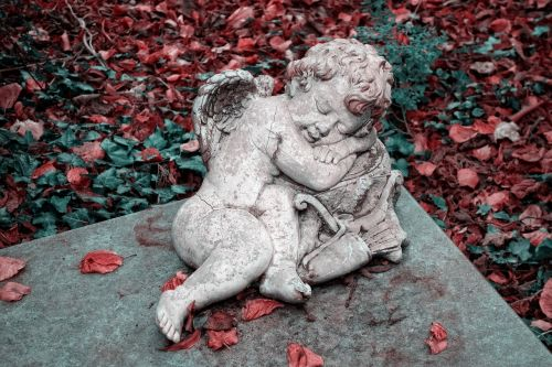 angel cherub sculpture