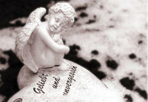 angel memory figure