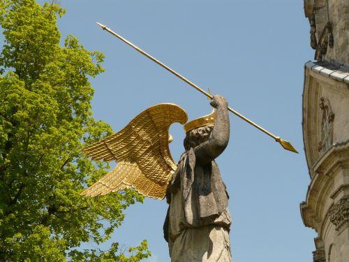 angel spear lance