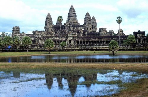 angkor wat temple twelfth century cambodia