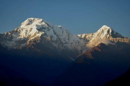 annapurna trekking mountain