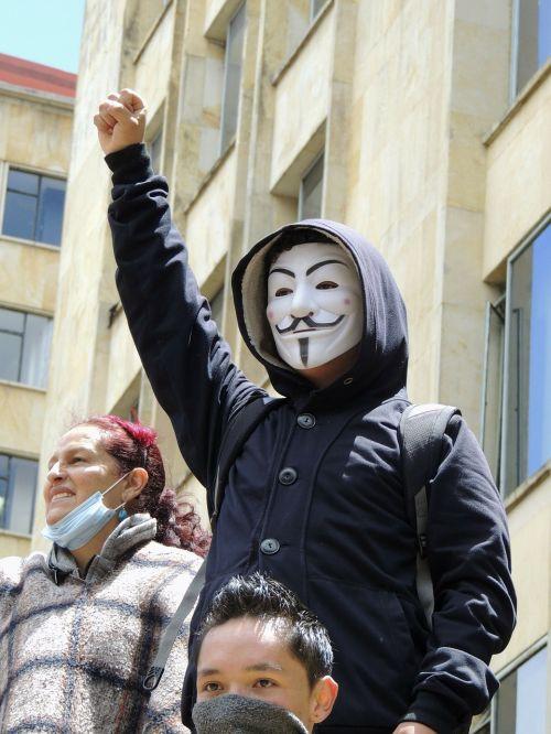 anonymous mask bogotá