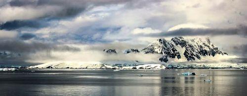 antarctica ocean snow