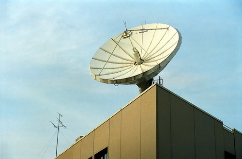 antenna  television  sky