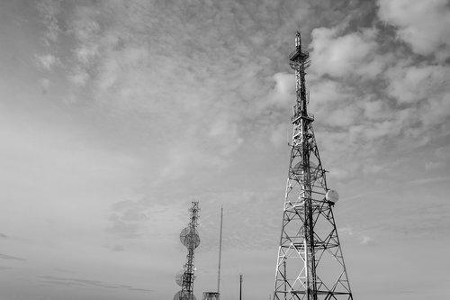 antennas  sky  telecommunications