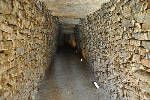 antequera  burials  dolmen
