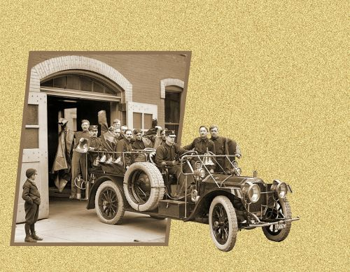 antique fire truck,1911 packard fire truck,vintage photo,out-of-bound effect,vintage,detroit,street scene