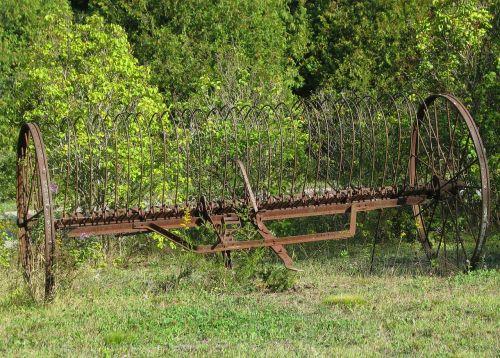 antique hay rake farm moneymore