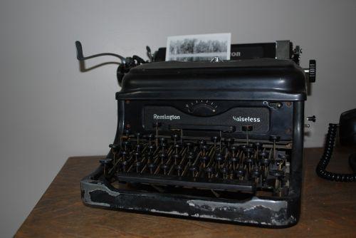 antiques vintage typewriter machine