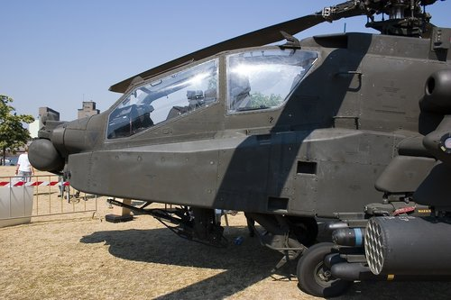 apache  helicopter  fighter