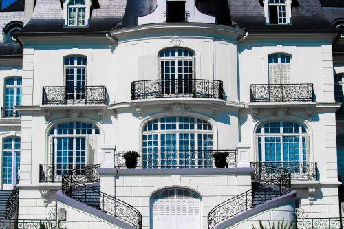 apartment architecture balcony