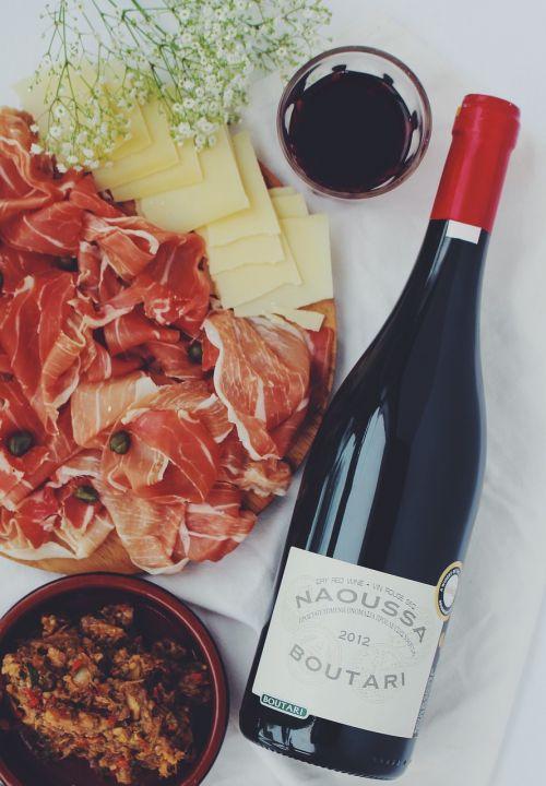 aperitif wine ham