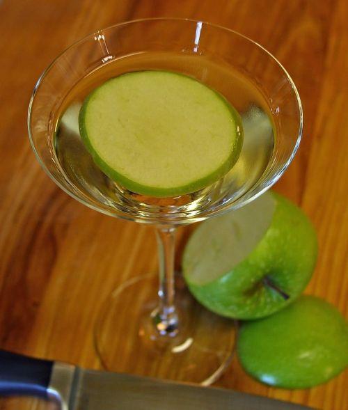 aperitif apple alcohol