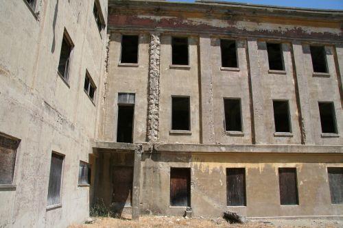 apocalypse abandoned building