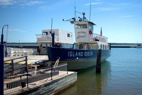 apostle island ferry  madeline island ferry line  ferry