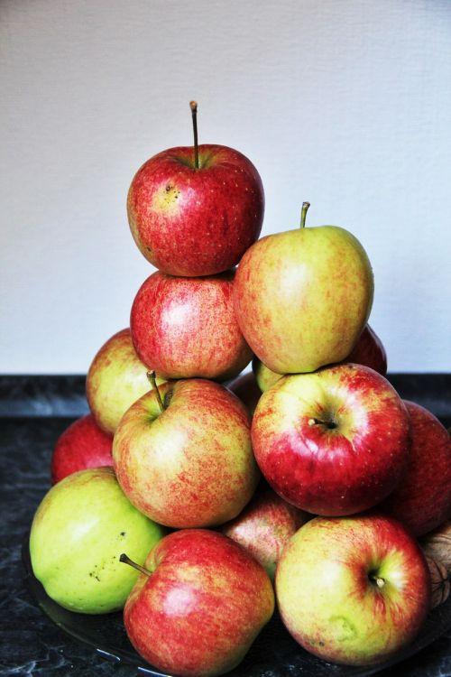 apple apple mountain rotbäckig