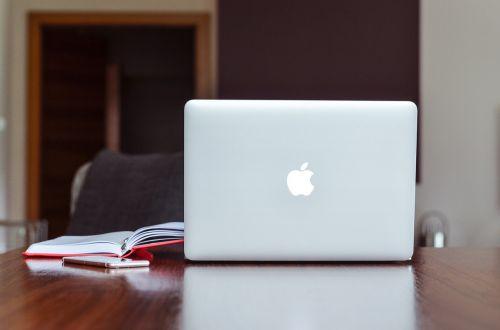 apple blur book